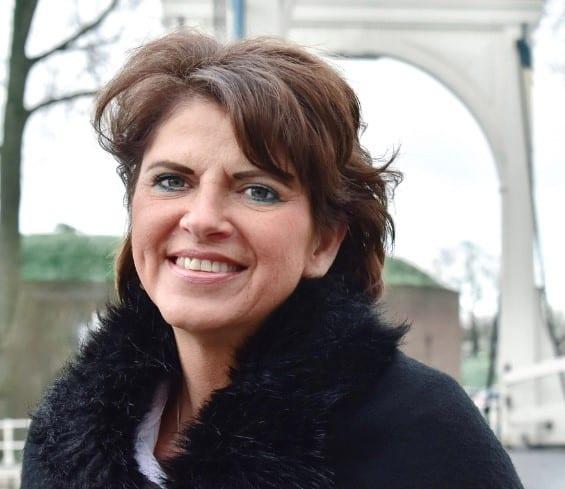 Monique Houtzager